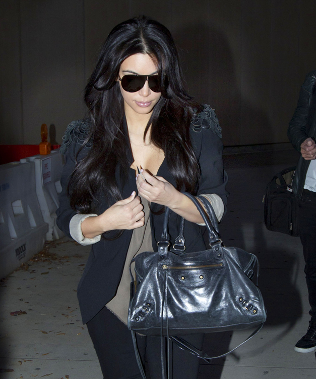 The-Many-Bags-of-Kim-Kardashian-6